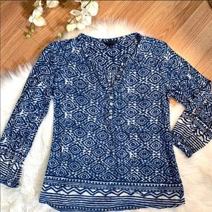 Lucky Brand Blue and white Blouse Size Small